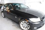 This Black 4 door i xDrive Sedan features a Black interior  a  3.0L  I 6 engine, and has 32943 kilometres on it.