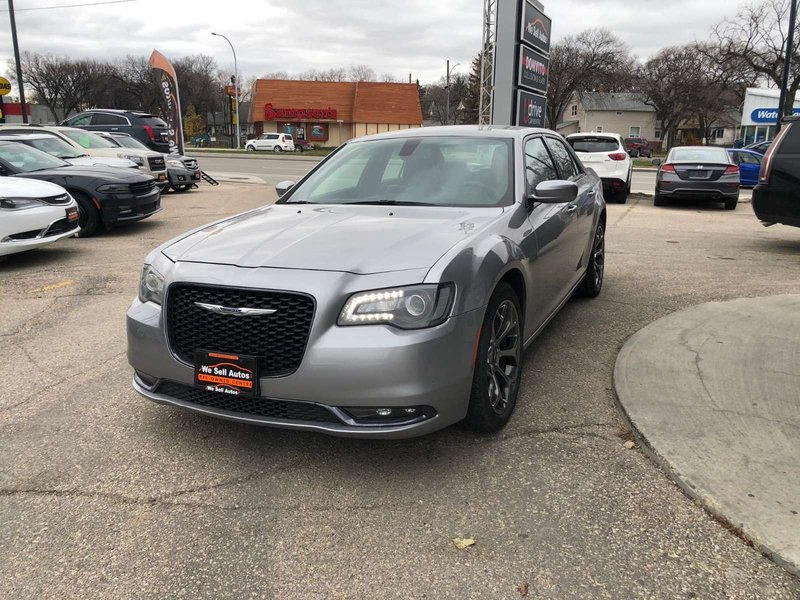 2017 Chrysler 300 for sale in Winnipeg, Manitoba