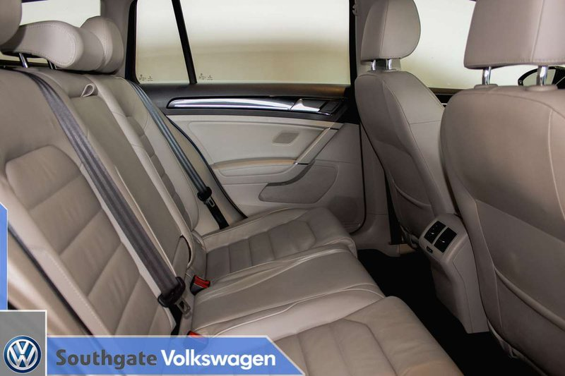 2015 Volkswagen Golf Sportwagon for sale in Edmonton, Alberta