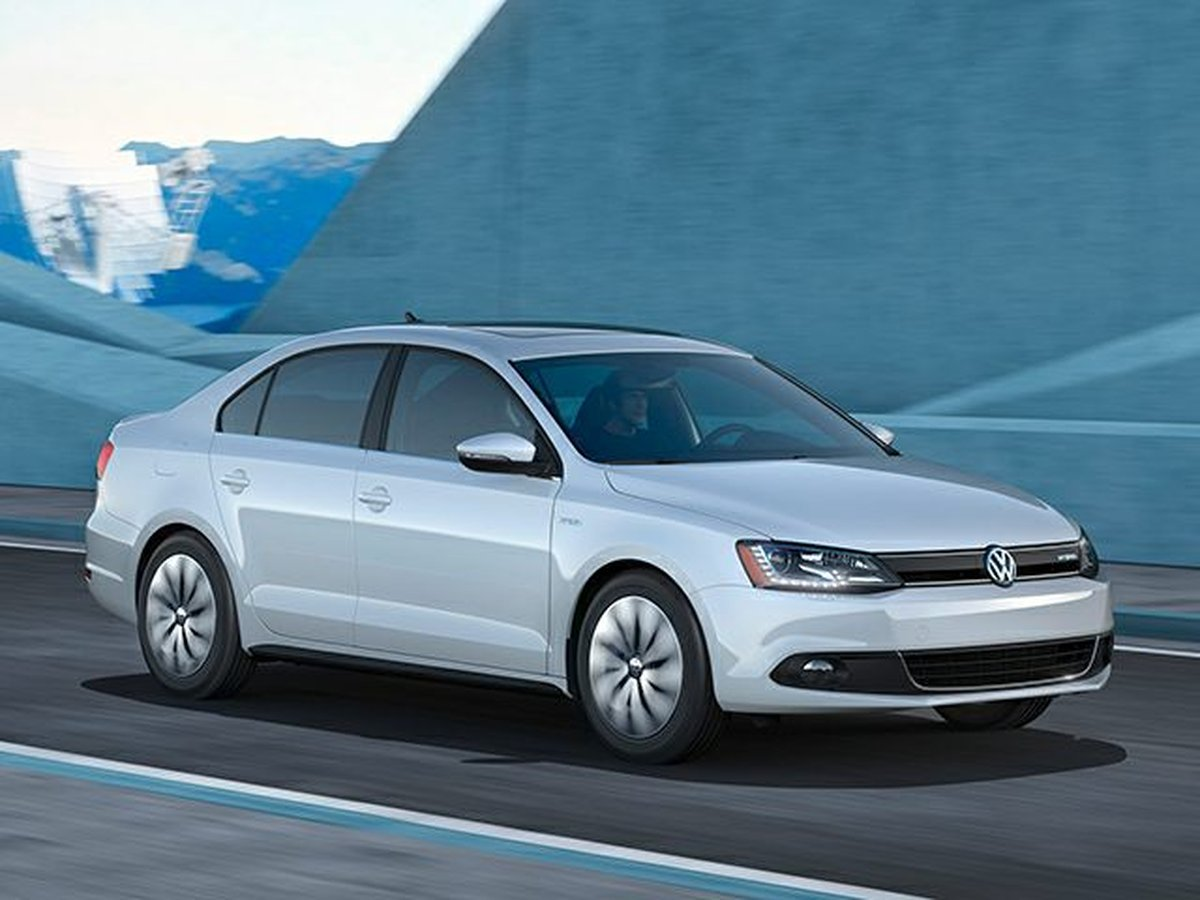 2013 Volkswagen Jetta Turbocharged Hybrid for sale in Sault Ste. Marie, Ontario